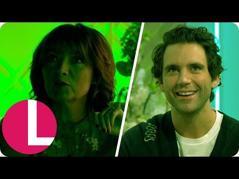 Pop Star Mika Gets A Spooky Surprise While Talking About David Bowie | Lorraine