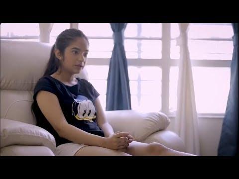 Anushka Sen hot feet and hand massage through UrbanClap services