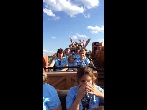 Gulfcoast SDA School Takes Over Big Thunder Mountain