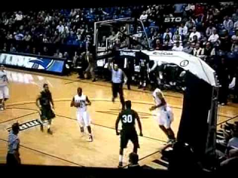 Norris Cole dunks on Akron's Zeke Marshall