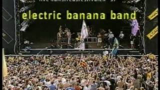 Electric Banana Band Live På Hultsfred 97 [1997-08-22]