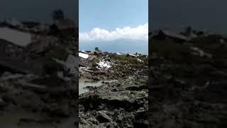 Video AKIBAT GEMPA RUMAH RUMAH DI PETOBO PALU RATA TANAH download MP3, 3GP, MP4, WEBM, AVI, FLV Oktober 2018