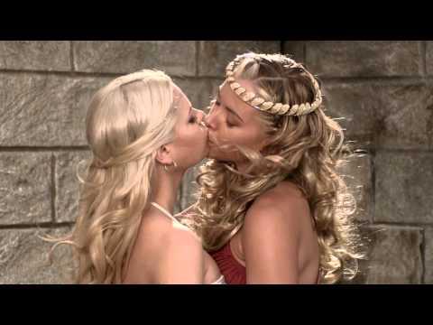 Loken lesbian Kristina