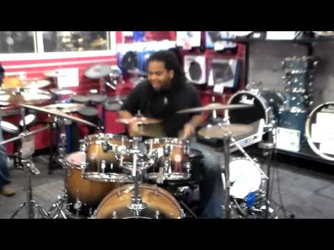 GUITAR CENTER GLEN BURNIE, MD DRUM OFF (Kenny)