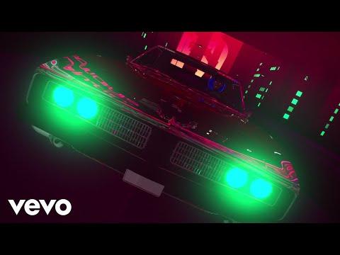 Guns N' Roses - Move To The City (Lyric Video)