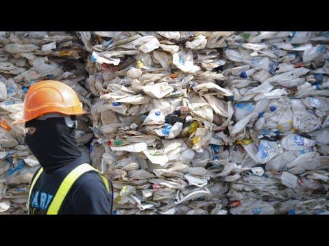 Zurück Zum Absender: Malaysia Kämpft Gegen Den Plastikmüll