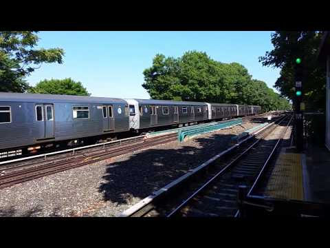 R46 A Train passing Aqueduct Racetrack