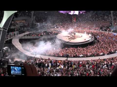U2 live in Athens - intro with David Bowie's Space Oddity-Retrurn of the stingray guitar