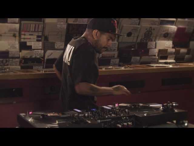 TRAKTOR KONTROL Z2: Turntablism with DJ Craze | Native Instruments
