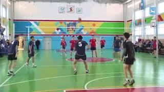Энтузиаст спортсмен В.Н. Николаев аатыгар волейболга аһаҕас турнир ыытылынна