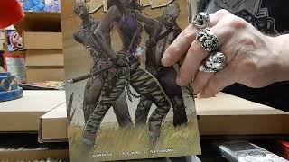 Unbagging Walking Dead Day Blind Bag comics David Finch J Scott Campbell @ JC