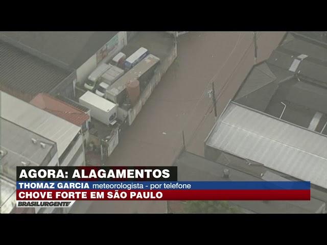 Cidade de São Paulo entra em estado de atenção após intensos temporais.