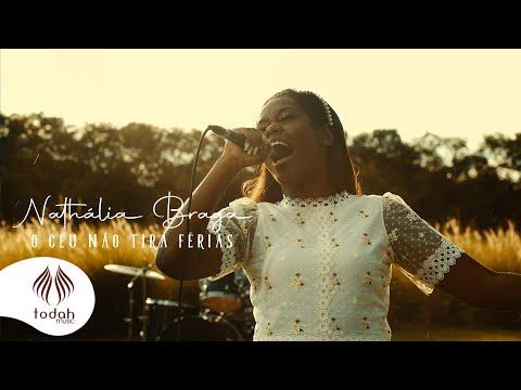 Nathália Braga – O Céu Não Tira Férias