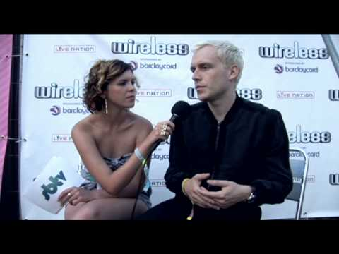 Backstage interview with Mr Hudson at the Wireless Fest 2010
