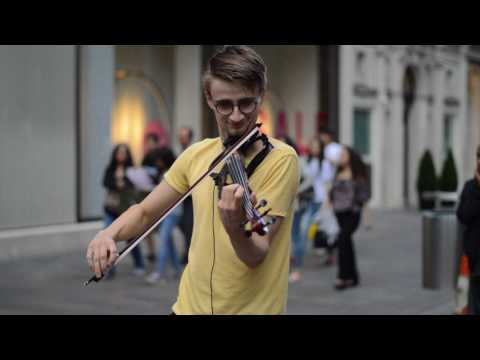 London street violinist plays Game of Thrones theme song