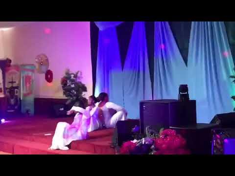 Gracefully Broken Praise Dance- Tasha Cobbs
