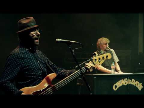 Chas & Dave 'One Fing 'n' Anuvver' (2016 Studio Version)