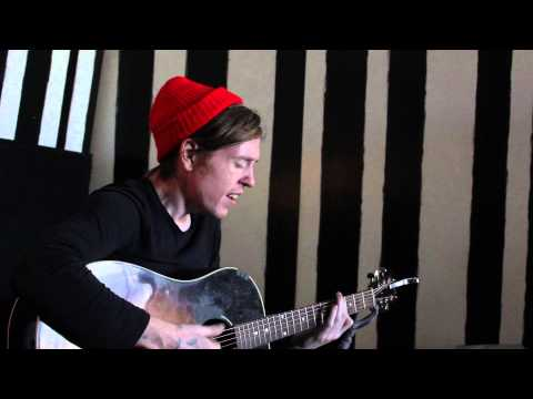 Danny Malone - I'm An Artist (House Sounds Live Acoustic Exclusive)