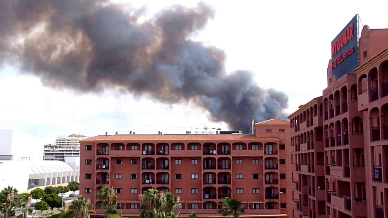 Myramar Hotel, Big Fire in Fuengirola, Costa del Sol, Spain - YouTube
