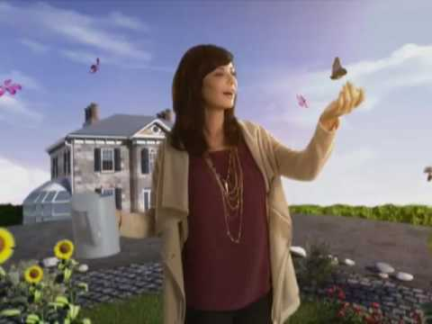 Exclusive catherine bell stars in the good witch 39 s garden youtube for The good witch garden