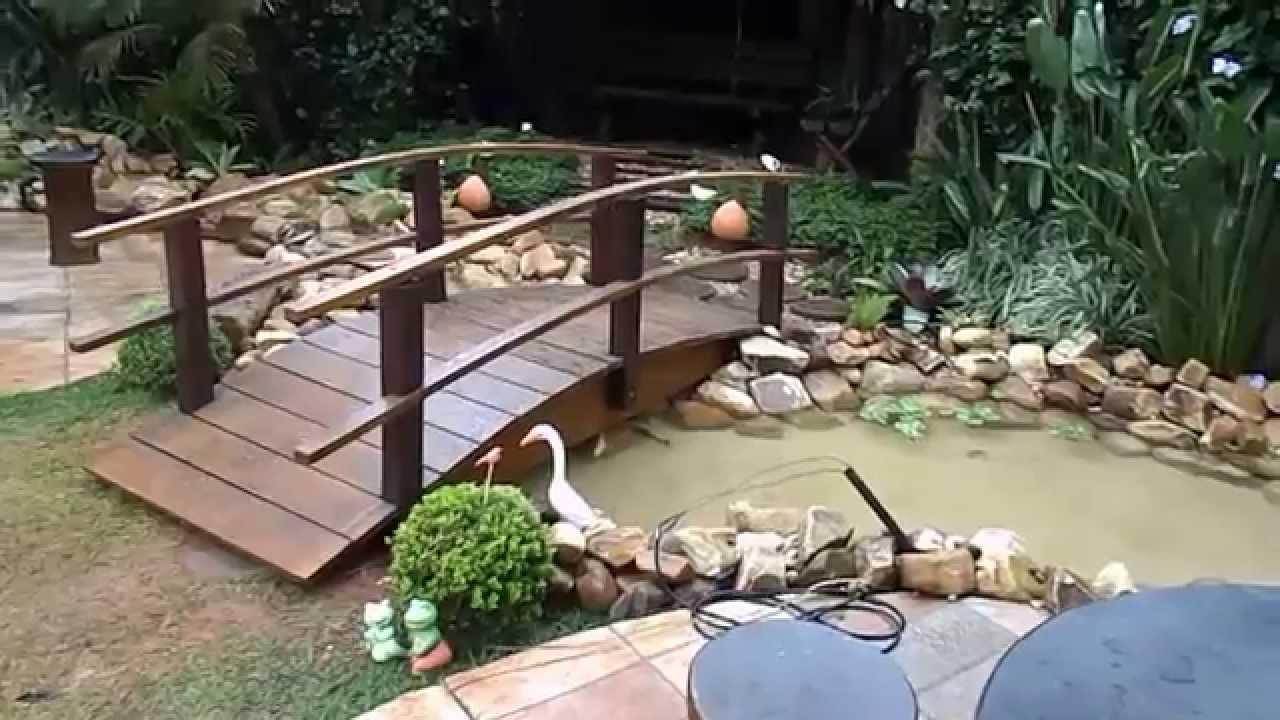 Lagos ornamental cascatas pergolados jardins vertical for Lagos de jardin