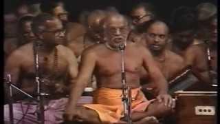 Swami Haridas Giri Guruji Sampradhaya Bhajans