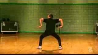Охренеть пацан танцует / Ohrenet` laddie dancing!!!
