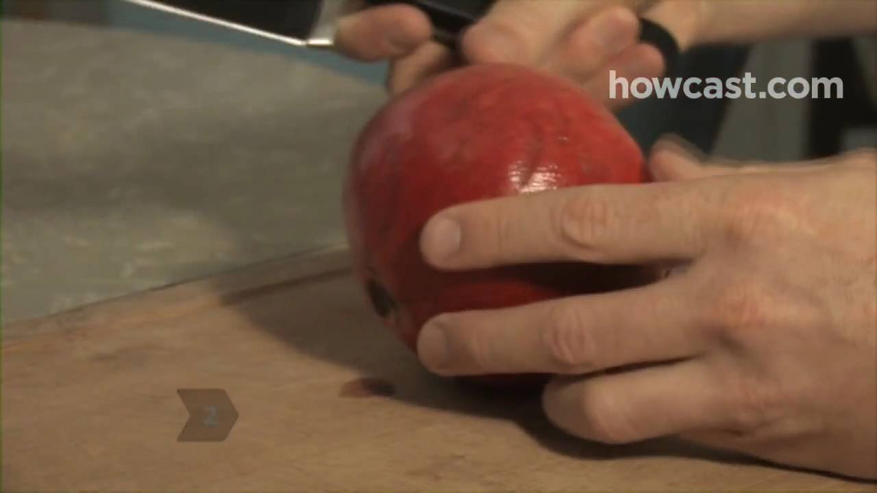 How To Eat A Pomegranate Youtube