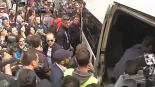 Полиция Турции применила слезоточивый газ, десятки человек задержаны в годовщину протестов (новости)(http://www.epochtimes.ru Премьер-министр Турции Реджеп Тайип Эрдоган сказал, что силы безопасности страны могут делат..., 2014-06-01T18:10:30.000Z)