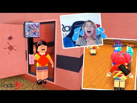 TACO CREW Plays Roblox FLEE THE FACILITY | SO FUNNY I CRIED