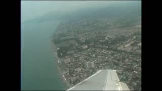 Взлет из аэропорта Сочи и первые минуты полета над Черным морем