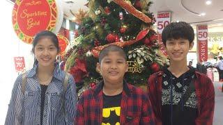 ( FAMILY ) GREETINGS FOR GRANDMA & GRANDPA MERRY CHRISTMAS & HAPPY NEW YEAR 2018 ( AND 2011 )