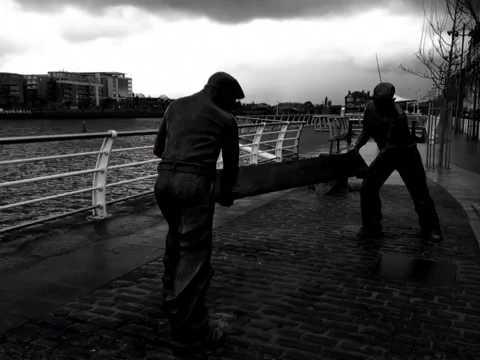Docker's Monument Limerick