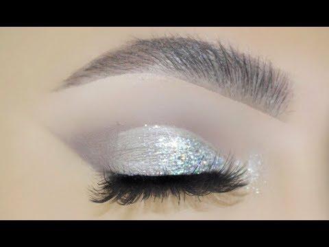 Classic Silver Glitter Eye Makeup
