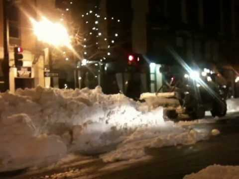 Intense snow removal after Nemo, downtown Lowell - #4