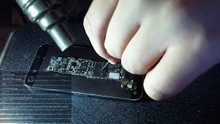 DESOLDERING iPHONE 5 NAND CHIP!