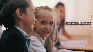 Реакция на клип Милана & Виталий Гогунский 《ЗДРАВСТВУЙ ШКОЛА》