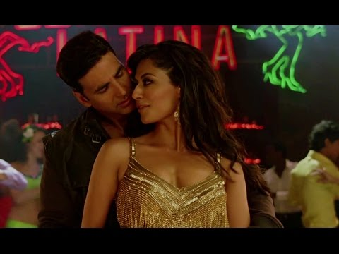 Chitrangada shows her hot Tango moves
