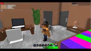 Rosalina Buying a Home on Roblox, (house #1)