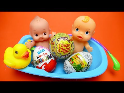 Thumbnail: Madagascar 3, Chupa Chups & Kinder Surprise Eggs Baby Doll Bathtub