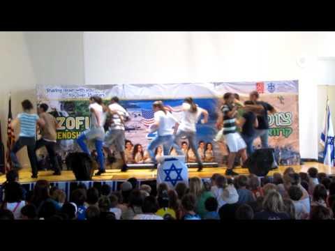 caravan degania 2010! dancing medly!!!
