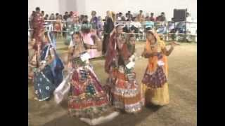 Gujarati Garba Songs Tina Rabari - Lions Club Kalol - Day 4 - 2012 - Part 11