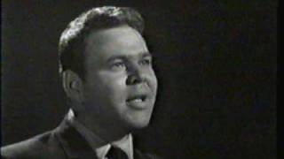 Roy Clark - Star Route TV Show 2 - The Tips Of My Fingers