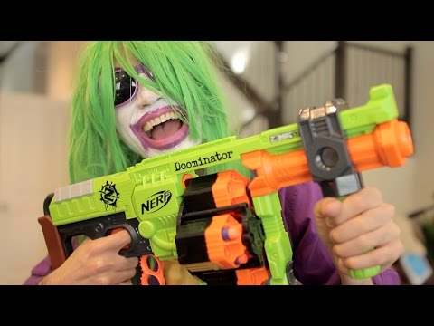 Nerf War: BATMAN vs JOKER 5! Superhero Battle!