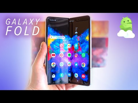 Samsung Galaxy Fold hands-on: Bridging the gap between tablet and phone