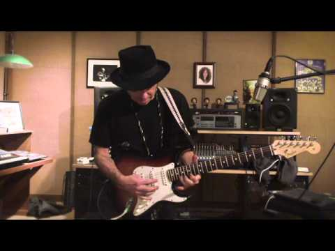 Nils Lofgren Youngstown Solo Guitar Lesson