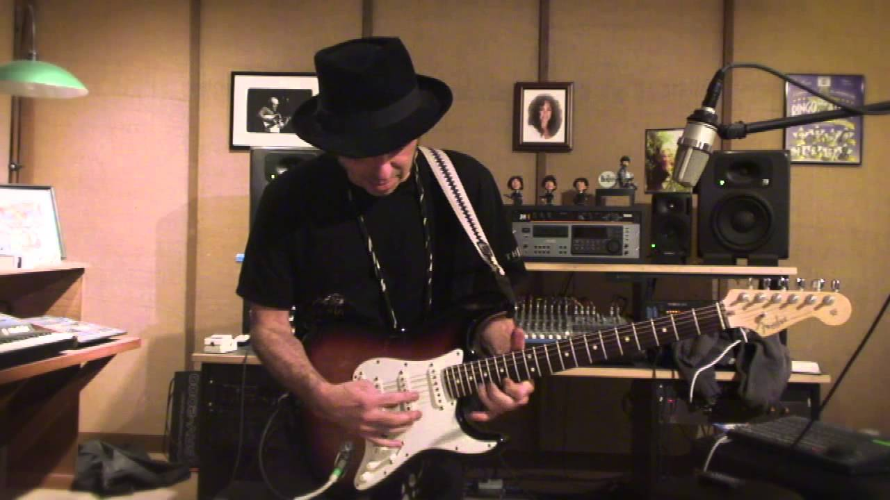 Nils Lofgren Youngstown Solo Guitar Lesson - YouTube