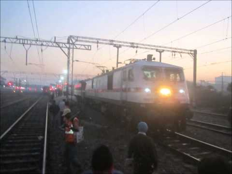 1st 25KV AC loco enters newly converted AC section of KYN-LTT