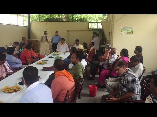 विधानसभा अध्यक्ष प्रेमचंद अग्रवाल ने सामाजिक संस्थाओं एवं पत्रकारों के संग मिलकर उठाया आम का लुफ्त
