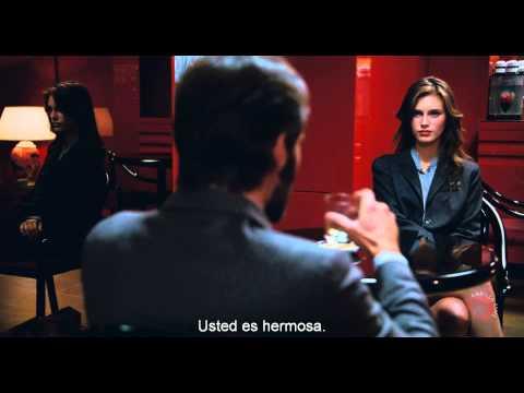 JOVEN Y BONITA (Trailer subtitulado en...
